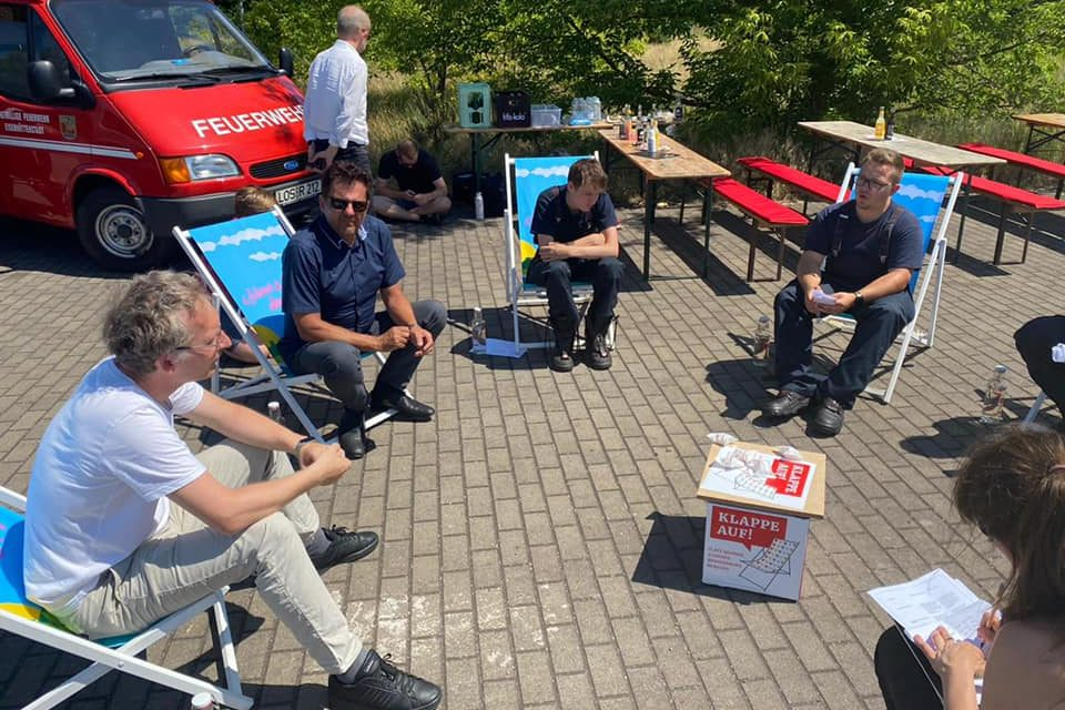 Gespräch mit Jugendlichen in Eisenhüttenstadt